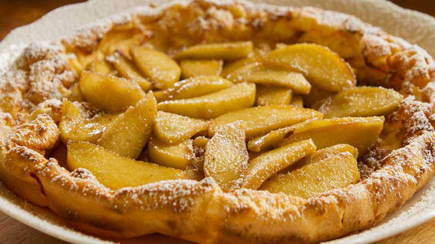 apple-dutch-baby-pancake