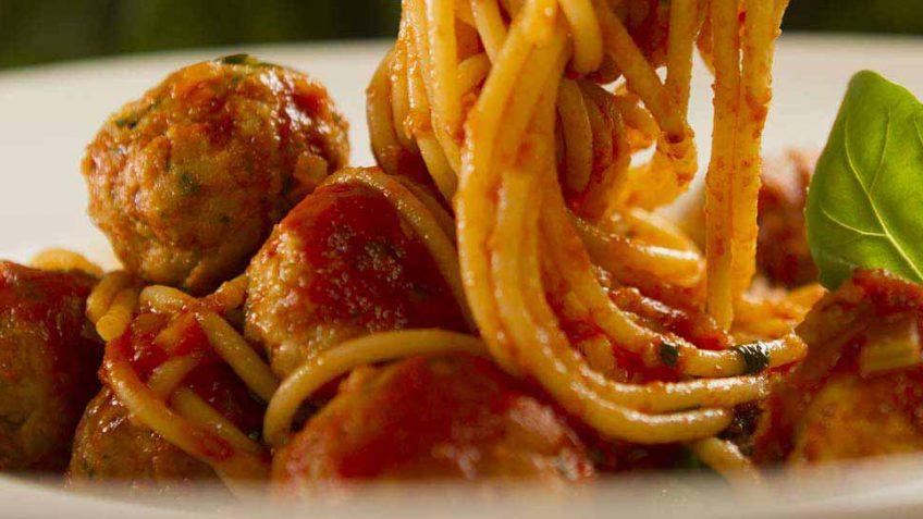 chicken-meatballs-spaghetti
