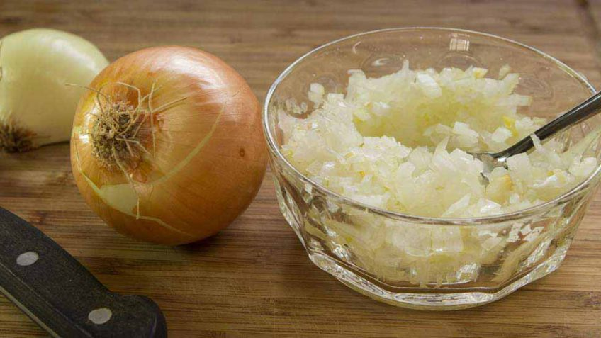 How to chop an onion like a pro Chef