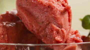 icecream-strawberry