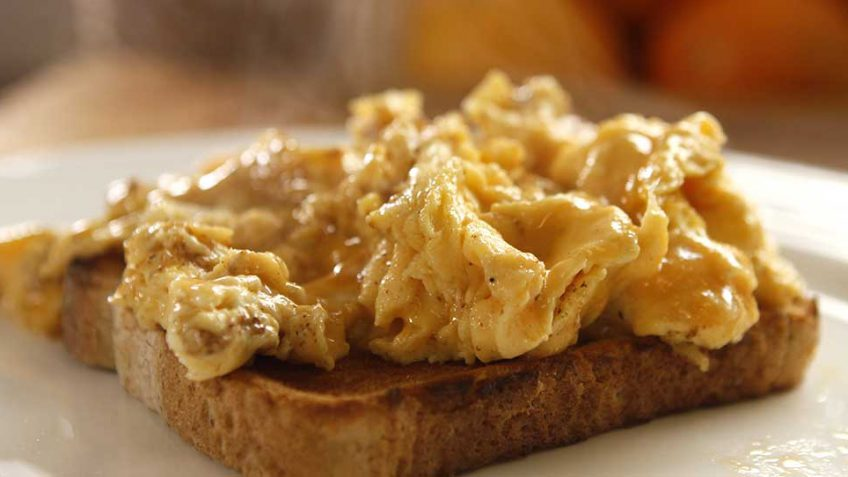 The best scrambled egg recipe on planet earth