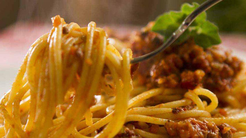 spaghetti-bolognese-recipe