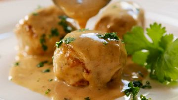 Swedish Chicken Meat Ball recipe