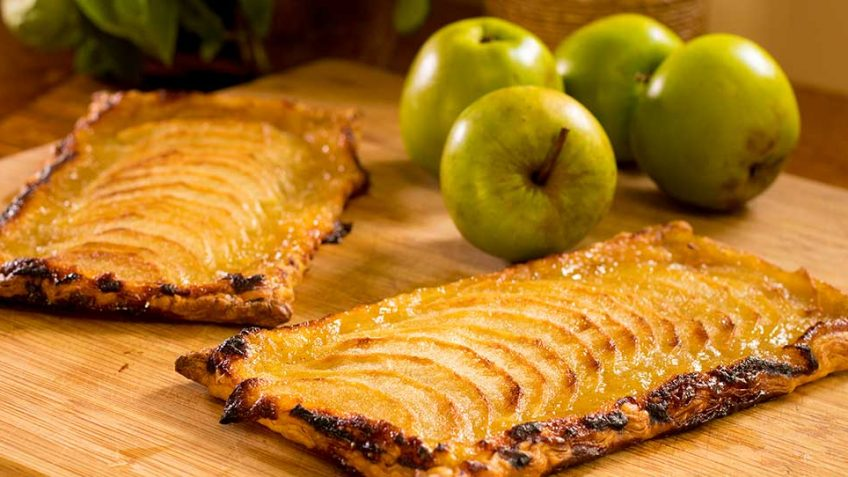 A french thin apple tart