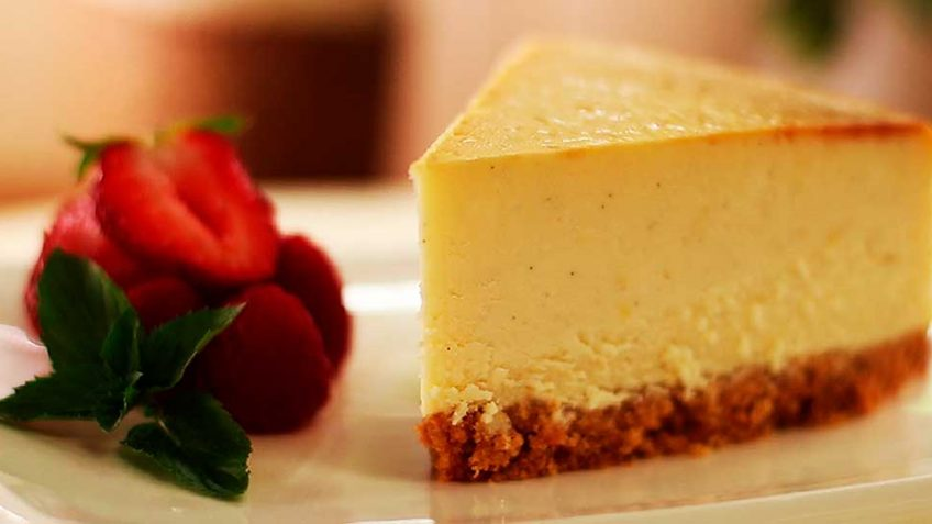 LEMON MASCARPONE CHEESECAKE