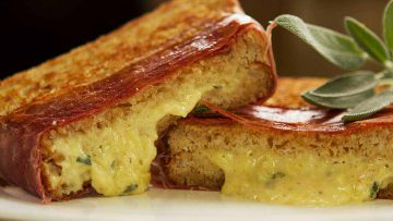 Easy to make cheese melts