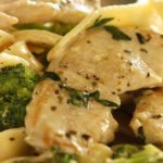 chicken and broccoli pasta alfredo
