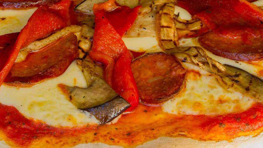 pizza-spanish-pepperoni