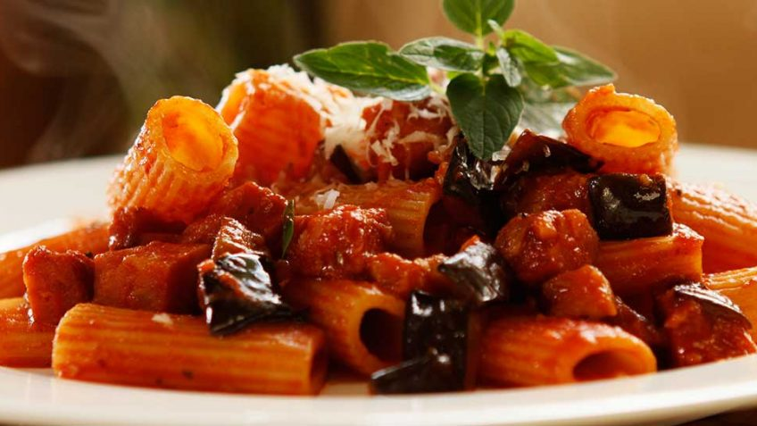 Eggplant and Chorizo Rigatoni – Easy Meals with Video ...