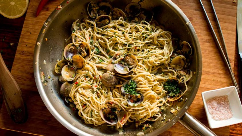 Clam Shell pasta - Vongole Linguini