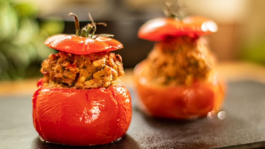 Stuffed tomatoes with meat