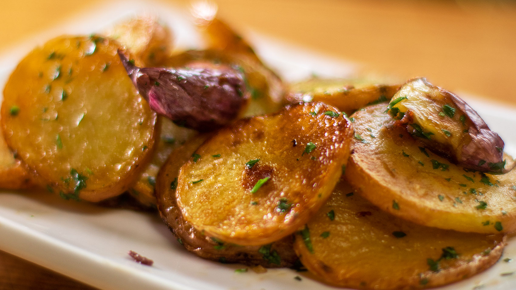 Buttery Sauteed potatoes in one pan