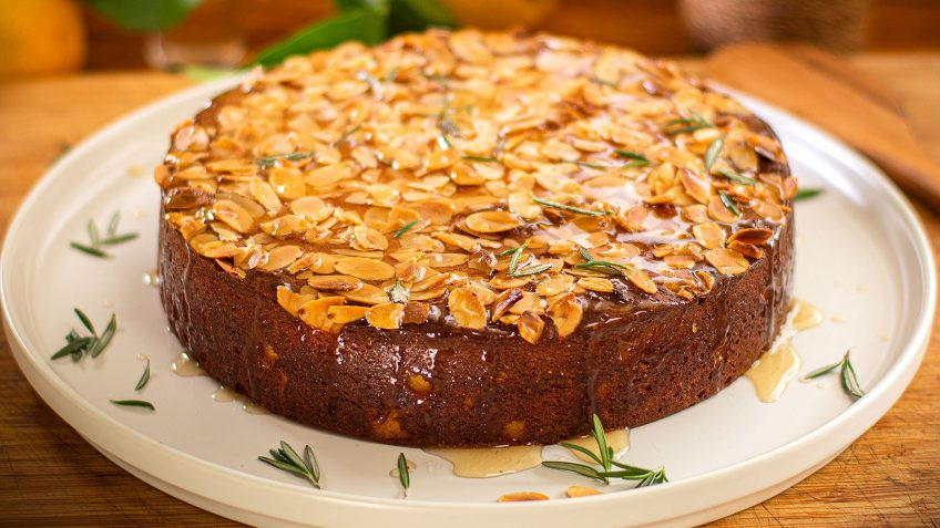 Lemon Ricotta Polenta Cake
