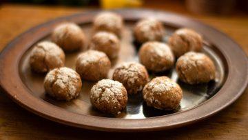 Soft Almond Amaretti Cookies Biscotti
