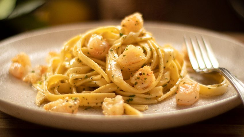 Lemon Pepper Pasta Shrimp